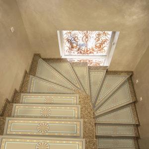 Ковровое покрытие на лестницу 1